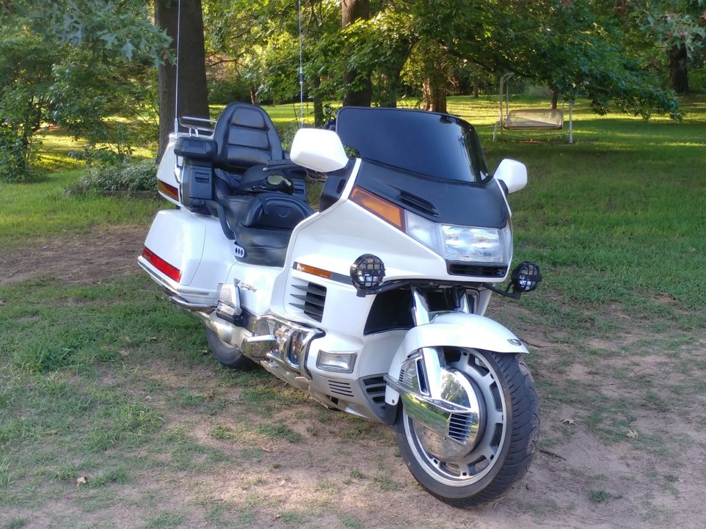 My 1996 Goldwing after the first Plasti Dip session